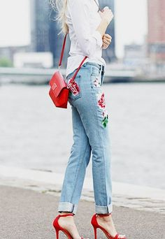 Floral Embroidery Light Blue Jeans