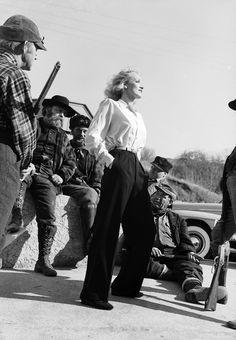 >22 Мар 2011 18:39    » Back to the Future. Часть 10  Листая старые страницы   Они притягивают и завораживают, заражая жаждой жизни и ощущением счастья. На них приятно смотреть. Глядя на них хочется верить, что красота и впрямь спасёт мир!   Charlie Chaplin         ...      Marlene Dietrich /kalid paola