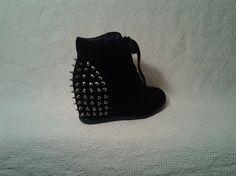 e7e99d292765 55 best Shoes I would wear images on Pinterest