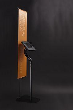 Armodilo iPad Kiosk - Finished in Black (Floor configuration showing optional banner stand add-on) Kiosk Design, Signage Design, Retail Design, Digital Kiosk, Digital Signage, Exhibition Booth Design, Exhibition Display, Ipad Floor Stand, Vr Room
