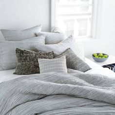 In A Timeless Pattern Of Horizontal Pleats Dkny S City Pleat Duvet Cover Blends Soothing Movement With Tonal Elegance It Refined Palette Perfectly