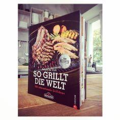 """Sommerzeit - BBQ-Zeit! Holt Euch das neue Buch """"So grillt die Welt"""" mit leckeren Rezepten von Ralph de Kok und superschönen Foodfotos von uns :O) Erschienen im Christian Verlag, München."""
