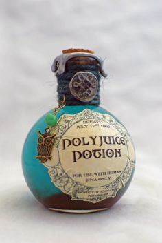 Polyjuice Potion, A Color Change Decorative Harry Potter Potion Bottle. by GrimSweetness on Etsy https://www.etsy.com/listing/231092948/polyjuice-potion-a-color-change