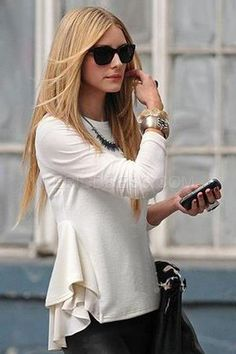 http://www.ericdress.com/product/Long-Sleeved-Round-Neck-Blouse-11152686.html