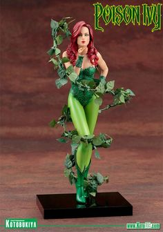Mad-Lovers-Poison-Ivy-ArtFX-Statue-01