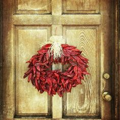 How To Make a New Mexico Chile Ristra or Wreath—(November Mexico—Fall is here, and… New Mexico Style, New Mexico Homes, Mexico Christmas, Cowboy Christmas, Christmas Ideas, Christmas Decorations, Diy Wreath, Wreaths, Southern New Mexico