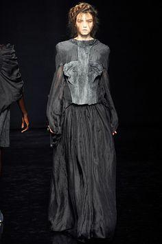 yiqing yin couture www.fashion.net