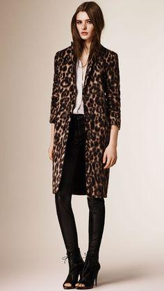 burberry-camel-slim-fit-virgin-wool-alpaca-coat-beige-product-0-121109975-normal.jpeg 1.040×1.849 pixels