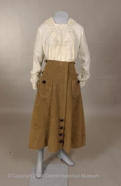 uncroppedimage1Suit  1916  The Detroit Historical Museum Costume Collection