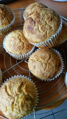 Tocana de Cuvinte: Briose bebelusesti (8 luni +) Baby Food Recipes, Biscuit, Recipies, Muffin, Goodies, Food And Drink, Homemade, Baking, Breakfast
