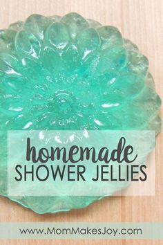 These shower jellies are amazing! Learn how to make your own jelly soap at home using this easy jelly soap base. Your kids are going to love this! | DIY Bath and Body | Soap Making | How to Make Shower Jellies | Mom Makes Joy via @mommakesjoy