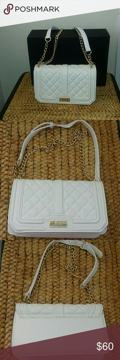 BCBG handbag Excellent condition Beautiful White BCBG handbags with gold chain BCBG Bags Crossbody Bags