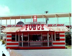 fudge shop at miracle strip amusement park