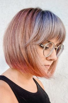 This muted color bob hair created by hairstylist Larisa (@larisadoll) is perfect if you want to slay a trendy OOTD. Life is short. Make each hair flip fabulous. Go to our website to discover our awesome examples of bob hairstyles with bangs. #bobhairstyleswithbangs #bobwithbangs Cute Bob Haircuts, Bob Haircut With Bangs, Bob Hairstyles With Bangs, Latest Hairstyles, Classic Bob, Hair Flip, Muted Colors, Textured Hair, Face Shapes