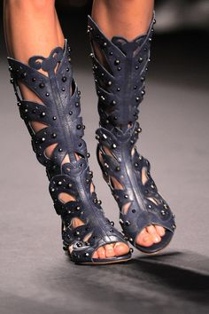 Anna Sui - high leather roman sandals (different☺
