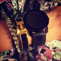 Hermes, Movado, Cartier armparty.
