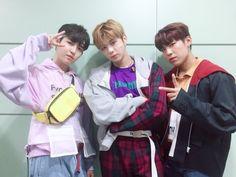 Wanna-One - Jaehwan, Daniel, Woojin - Triple Position First Baby, First Love, Jaehwan Wanna One, One Twitter, Twitter Update, Nothing Without You, Guan Lin, Ong Seongwoo, My Destiny