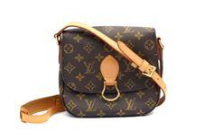 Louis-Vuitton-Saint-Cloud-MM-Monogram-Crossbody-Bag