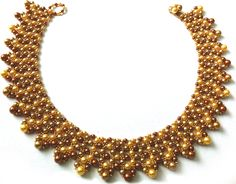 Sally Beaver's version of the Luxe Pearl Collar project in Issue 45 of Bead magazine.
