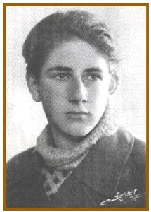 kim malthe-bruun Danish resistance fighter   I wonder how old he was in this photo.....20 at the most.  Handsome fellow, I hope he made it.