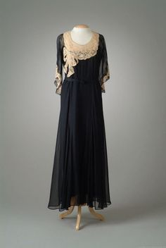 Party Dress Peggy Hoyt, 1932 The Meadow Brook Hall Historic Costume Collection