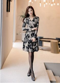 Korea makings suit, tie-in silk stockings high-heeled shoes, wear a celebrity style – Easy Style Now Blackpink Fashion, Asian Fashion, Modest Fashion, Fashion Models, Fashion Dresses, Womens Fashion, Latex Fashion, Tight Dresses, Simple Dresses