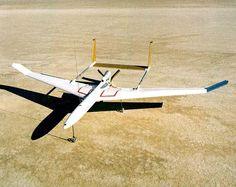 ミニスニファーIII(Mini-SnifferIII )。アメリカのNASAによって設計された高高度飛行に対応するUAV(無人航空機)の一つ。環境大気のサンプリングなどを目的とした研究向けの機体だったとのこと。実際に飛行した。