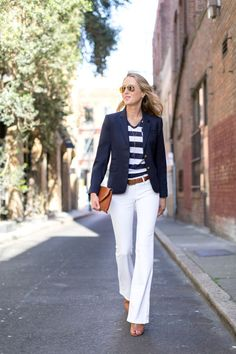 How to create stylish, smart, summery nautical outfits that make you look chic, not costumey. Blazer Outfits, Striped Blazer Outfit, 70s Fashion, Look Fashion, Fashion Outfits, Fashion Trends, Woman Fashion, Fashion Black, Professional Outfits