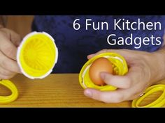 6 Amazing Cooking Gadgets& you can probably do without, but life would be a little duller if these didn& exist. Apple Peeler http:& . Kitchen Life Hacks, Smart Kitchen, Kitchen Tools And Gadgets, Cooking Gadgets, Diy Kitchen, Kitchen Tips, Kitchen Ideas, Unique Gadgets, New Gadgets