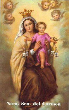 Virgen del Carmen Mamá y mi abuela Adriana le tenían gran devoción.....