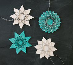 by Blikfang: DIY: String art stars / Free printable templates