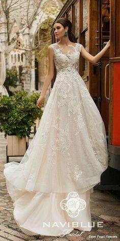 c76649de44c Βραδινά Φορέματα, Νυφικό Φόρεμα, Αρραβώνες, Νυφικά Χτενίσματα, Χτενίσματα  Για Πριγκίπισσες, Μόδα