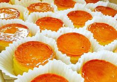 Ingredients: Oil or melted Butter for greasing moulds ½ kilo grated Cassava 1 – Neng Atajar - Valentines Flan Dessert, Pinoy Dessert, Flan Cake, Filipino Desserts, Asian Desserts, Filipino Recipes, Filipino Food, Filipino Dishes, Cuban Recipes