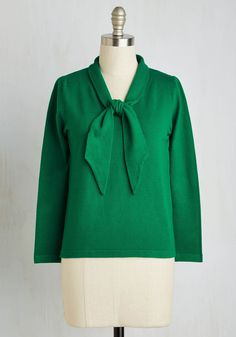 Bookstore Date Sweater. In this kelly green sweater, you browse from the history section to the mystery section in romantic style. #green #modcloth