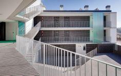 Edificio de 17 viviendas VPO / Màrius Quintana Creus