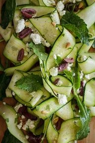 Framing, textures, colors - Zucchini Ribbons with Goat Cheese and Olives Goumande in the Kitchen 4 Raw Zucchini Ribbon Salad with Olives and Mint from Walerysiak Walerysiak Raw Food Recipes, Vegetarian Recipes, Cooking Recipes, Healthy Recipes, Protein Recipes, Mint Recipes, Delicious Recipes, Bread Recipes, Cooking Tips