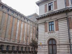 Silozurile Anghel Saligny (1904-1909 și 1912-1915), Constanța, arh. Petre Antonescu, constructor: Anghel Saligny.  Elementele neoclasice de pe fațade precum și aspectul general sunt puternic inspirate de arhitectura din SUA a acelor vremuri