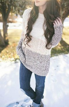 This trendy colorblock knit sweater is perfect for when the cold fall weather sets in. This chic sweater goes perfect with a pair of dark wash jeans and your favorite pair of black boots. Finish with a simple statement necklace for a stylish outfit.