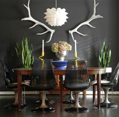 eclectic dining room by Sarah Greenman // download RoomHints iPhone App