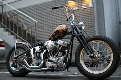 Panhead hardtail custom with brown 70s paintjob