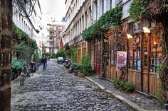 Planque Retro passage among the 10 most unusual hidden streets in Paris.