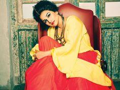 Vidya Balan, pinned for color combo inspiration
