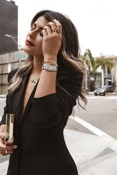 One major trend with accessories at the moment? Stacked jewelry, and a lot of it. Here are my tips on how to layer your jewelry Cartier Watches Women, Wedding Earrings Drop, Drop Earrings, Fashion Outfits, Womens Fashion, Fashion Tips, Layered Jewelry, Ear Jewelry, Going Out