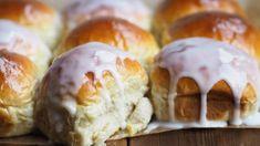 Verdens beste boller - Ida Gran-Jansen Norwegian Food, Recipe Boards, Desert Recipes, Bread Baking, Sweet Tooth, Food And Drink, Yummy Food, Sweets, Eat