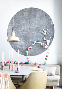 Inspiración Deco + Video Tutorial (DIY Guirnalda de Luces con Bolas de Colores) Image