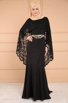 ** YENİ ÜRÜN ** Güpür Pelerinli Balık Abiye Siyah Ürün kodu: ASM2050 --> 179.90 TL Hijab Evening Dress, Hijab Dress Party, Formal Evening Dresses, Evening Gowns, Hijab Fashion 2016, Abaya Fashion, Skirt Fashion, Abaya Mode, Mode Hijab