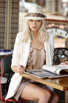 neutrals+hat+style.