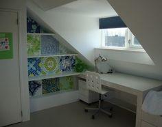 WiggersDesign | Boekenkast onder schuin dak