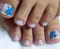 THE 3 WEEK DIET is a revolutionary new diet system that not only guarantees to help you lose weight — it promises to help you lose more weight — all body fat — faster than anything else you've ever tried. Pretty Toe Nails, Cute Toe Nails, Cute Nail Art, Beautiful Nail Art, Gorgeous Nails, Pedicure Designs, Pedicure Nail Art, Toe Nail Designs, New Nail Art Design