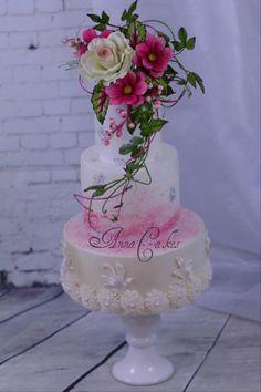 Sugarpaste Rose and cosmos bouquet cake - Cake by Annatopcake